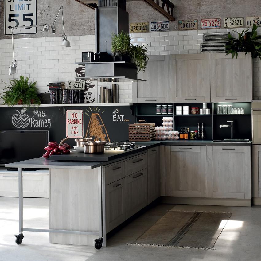 Cucine piombino in out arredo cucina a piombino li for Arredamento cucina moderna foto